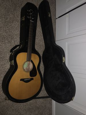 Brand new guitar with case never used. for Sale in Chardon, OH