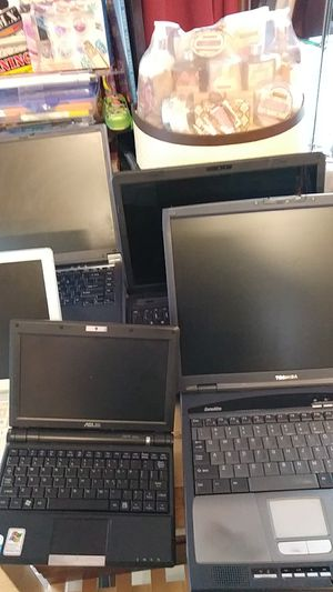 6 Laptop Computers 3 Toshiba 1 iBOOK 1 ASUS for Sale in San Leandro, CA