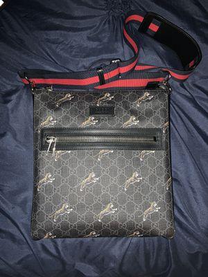 Authentic Gucci Messenger Bag for Sale in Mesa, AZ