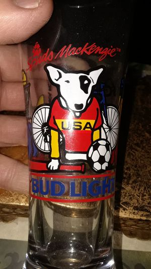 ANTIQUE SPUDS MACKENZIE BUDWIEISER LIGHT TALL BEER GLASS RARE for Sale in undefined