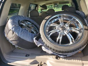 Chrome 19s Rims for Sale in Fort Washington, MD