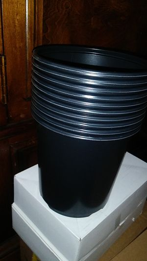 Lot 10 pcs 1 gallon plant pot for Sale in Richmond, CA