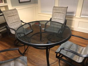 Hampton Bay outdoor table and chairs for outdoor, patio furniture for Sale in Kissimmee, FL