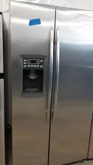 GE stainless steel side by side refrigerator 4 months warranty for Sale in Bowie, MD