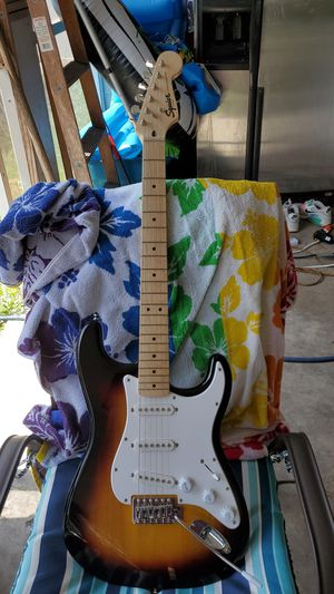 Fender squire stratocaster for Sale in St. Petersburg, FL