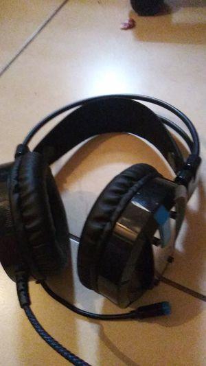 Gaming headphones for Sale in Key Biscayne, FL
