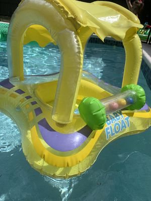 Kid swimming pool toys and baby float for Sale in Dunedin, FL