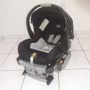 Chicco KeyFit 30 Infant Car Seat for Sale in Miami, FL