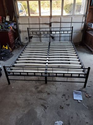 Queen size bed frame for Sale in East Freetown, MA