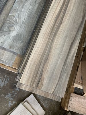 CLICK & LOCK VINYL PLANKS ! $1 per sq ft ! No taxes ! Rubber 1.00$ No pad 1.25 $ PAD UNDERLAYMENT 1.50$ per sq ft ! Best prices out here ! for Sale in Houston, TX