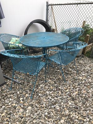 Roth patio furniture for Sale in South River, NJ