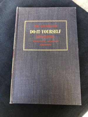Books. Do it yourself encyclopedias for Sale in Covina, CA