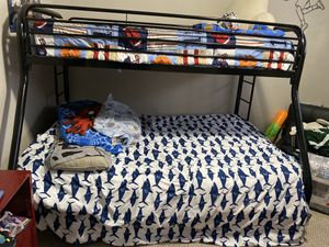 Full/twin bunk bed for Sale in Chicago, IL