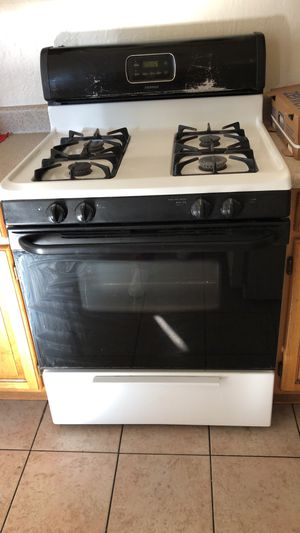 Stove working well for Sale in Oakland, CA