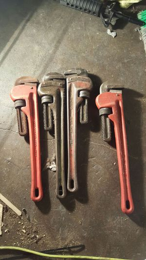 20 a pop all 4 for 70 pipe wrench for Sale in Baltimore, MD