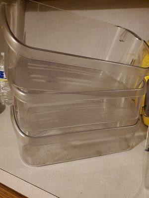 Frigidaire & Amana bins, Pyrex lids for Sale in Pawtucket, RI