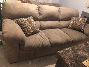 Complete Living room set & granite dining room set for Sale in Obetz, OH
