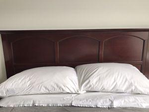 Queen/Full Size Bedroom Set for Sale in Germantown, MD