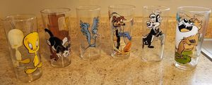 Looney Toons collectable glasses at June's Onljne Consignment Shop like us on Facebook for Sale in Neenah, WI