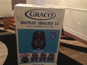 Graco Nautilus SnugLock LX 3 in 1 Harness Booster Car Seat, Codey for Sale in Dulles, VA