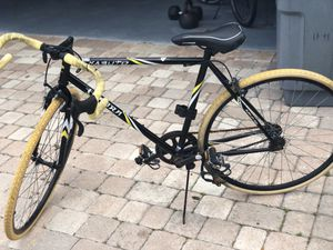 Bike- kabuto for Sale in West Palm Beach, FL