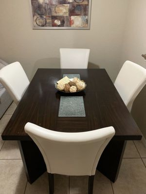 Dining table with 2 chairs for Sale in Sunrise, FL