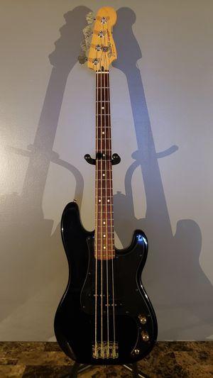Fender Precision Bass (Standard) for Sale in Mokena, IL