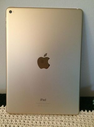 Apple iPad Air brand new gently used for Sale in Windsor, ON