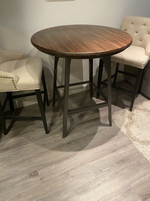 Kitchen high top table for Sale in North Brunswick Township, NJ