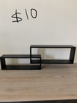 Wall shelves for Sale in Wesley Chapel, FL