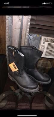 Black cebu work boot for Sale in Angier, NC