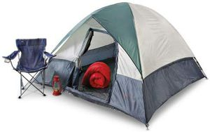 Columbia 4 man dome tent for Sale in Klamath Falls, OR
