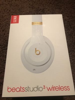 Powerbeats studios 3 wireless for Sale in Cleveland, OH