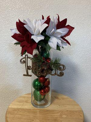 Custom Christmas Vase for Sale in Dinuba, CA