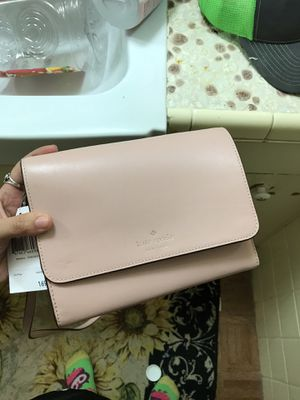 Kate spade crossbody for Sale in Mercedes, TX