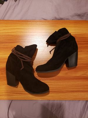 Cute black ankle boots with brown tie for Sale in San Jose, CA