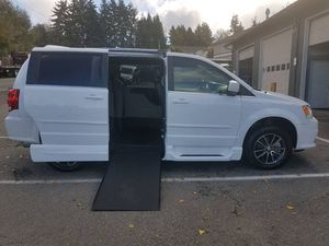 2017 Dodge Grand Caravan for Sale in Lynnwood, WA