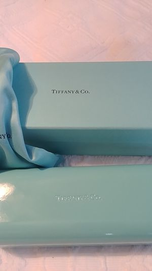 Tiffany and Co Glass Case with box, and sleeve for Sale in McKeesport, PA