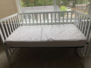Crib with mattress and Changing table for Sale in Renton, WA