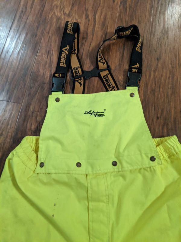 Flame retardant rain gear hi-viz suspenders