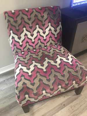 Fashionable Chair in Great Condition REDUCED $50 for Sale in Tampa, FL