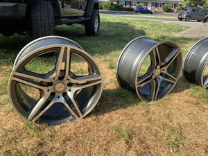 19 INCH MERCEDES AMG RIMS for Sale in Laurel, MD