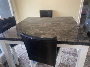 Dining room 4 chairs for Sale in Irving, TX