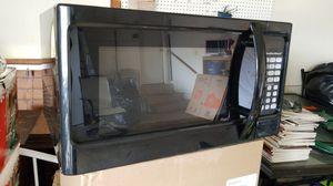 Hamilton beach microwave for Sale in Manassas, VA