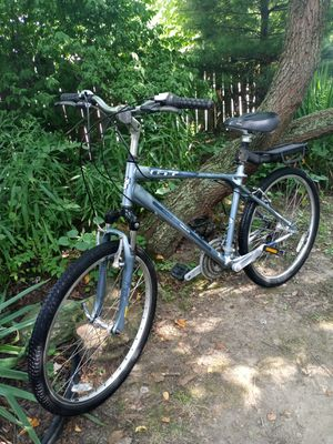 GT Timberlin 19 inch frame 26 inch wheels 21-speed for Sale in Independence, OH