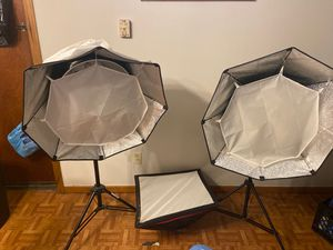 Two professional photography lights with extras for Sale in Columbus, OH