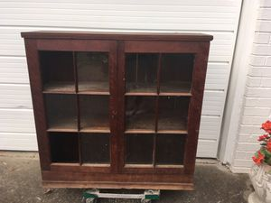 Glass cabinet (antique) for Sale in Bellevue, TN