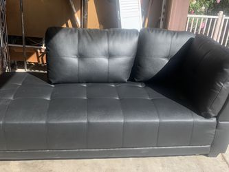 """Brand New Left Arm Leather Chaise Lounge 72/32"""" Sofa Couch From Wayfair Lifestyle Brand for Sale in Surprise,  AZ"""