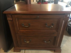 Solid wood file cabinet for Sale in Naperville, IL