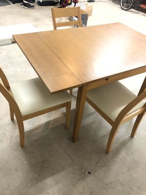 Expandable breakfast nook Ikea brand table $80 3 chairs included for Sale in Concord, CA